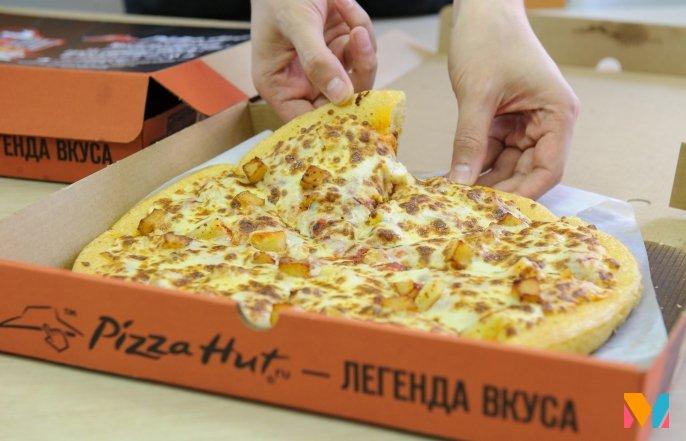 Pizza Hut открыла ресторан соткрытой кухней идоставкой